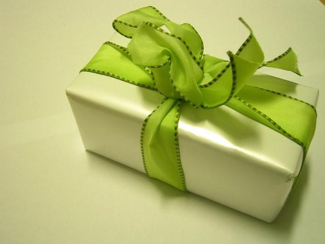 ¿Cómo hacer un lindo empaque para tus regalos?