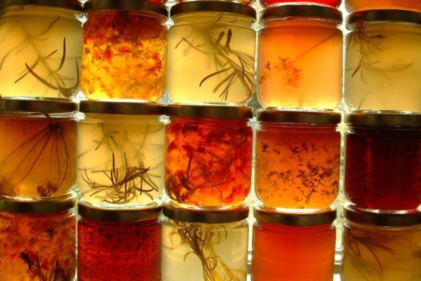 colorful-jars-1465040